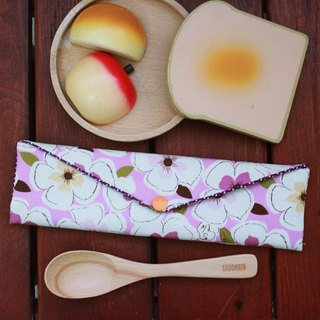 Wen Qing style green chopsticks bag ~ beautiful flower pink purple storage package. Green chopsticks bag. Hand made cutlery bag. Exchange gift. Environmental protection. Cute animal