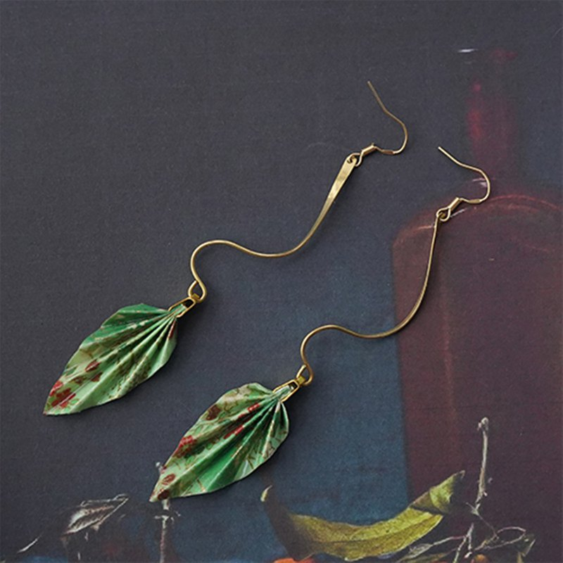 Chinese style green origami earrings / ear clips