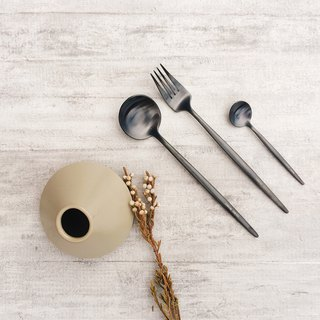 Stainless steel cutlery set / four pieces (black)