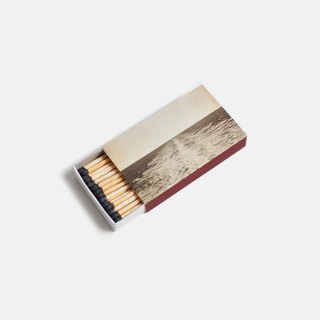 Extended matchstick (for candle)