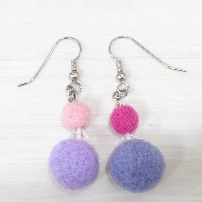 Wool Successful earring