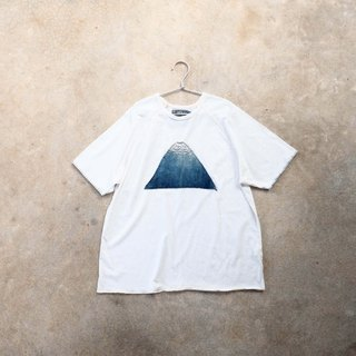 WHITE. The Blue Mountain Peak. Organic unisex indigo dyed t-shirt