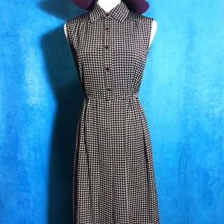 Textured plaid sleeveless vintage dress / brought back to VINTAGE abroad