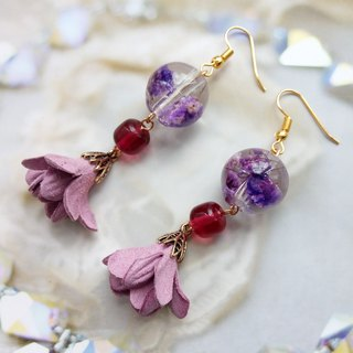 Pressed Flower Earrings. Handmade Jewelry with Real Flowers,Purple