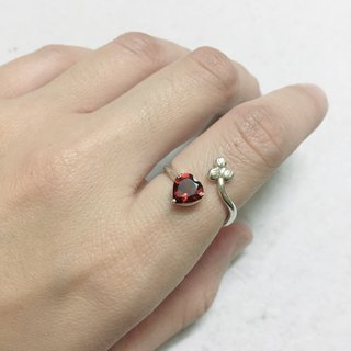 Heart Design Garnet Ring Handmade in Nepal 92.5% Silver