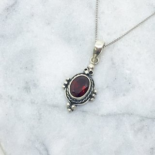 Garnet 925 sterling silver retro design necklace Nepal handmade mosaic production