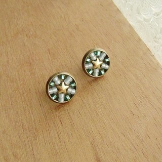 Deco tiles Earrings sparkling star green mosaic beads