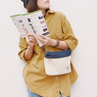 PiP BAG ( Traveller Bag ) : White x Navy