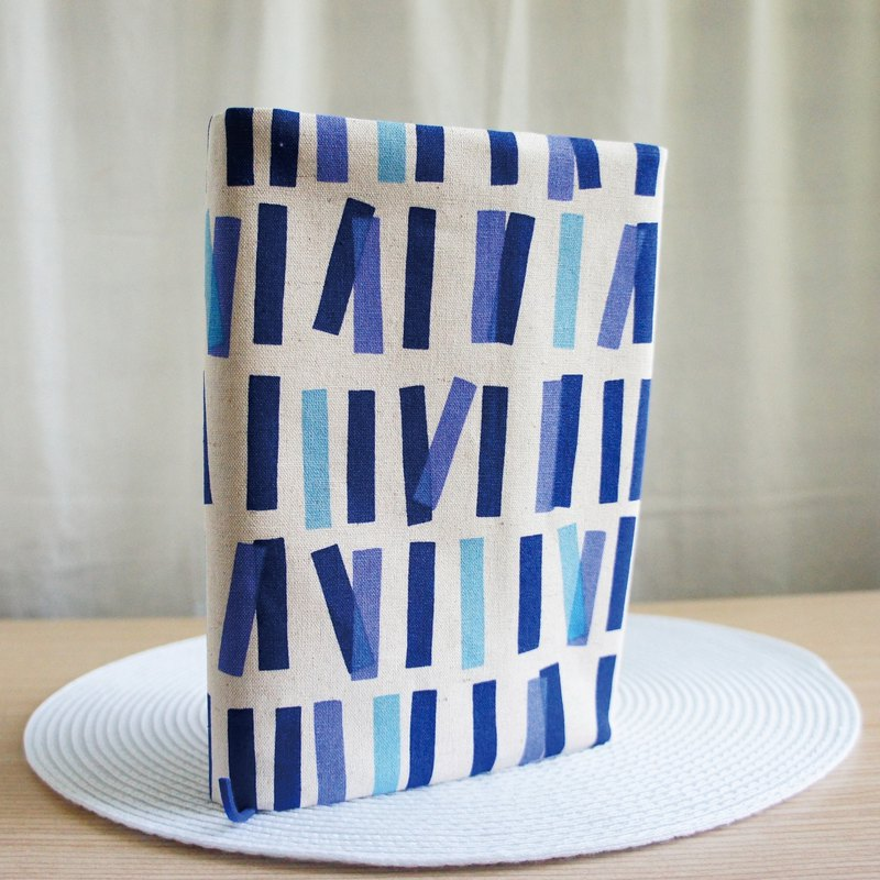 Lovely Japanese cloth [double-sided blue-violet geometric square cloth book] 25K log, A5 PDA available