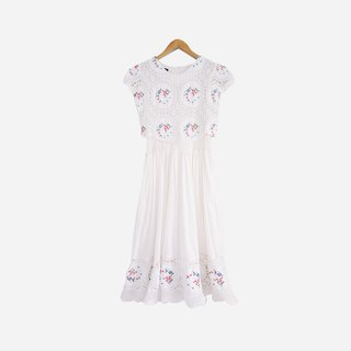 Dislocation vintage / embroidery flower white dress no.869 vintage