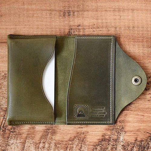 Bueburo leather business card holder The light Himeji horse leather is sewn firmly. Olive name can be put.