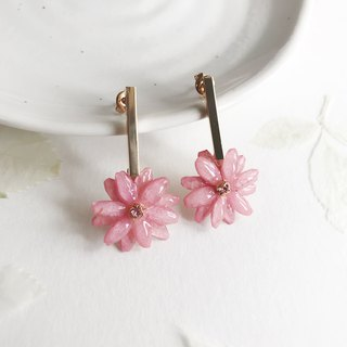 Real flower Leucanthemum Earrings with Swarovski 18KGP