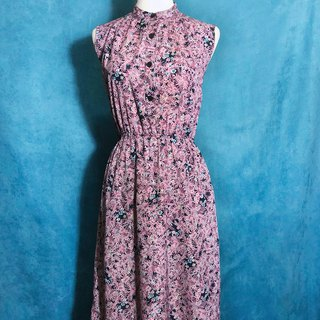 Flowerless sleeveless vintage dress / brought back to VINTAGE abroad