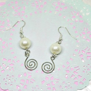 Alloy * white rhythm * _ hook-type earring ➪ limited X1