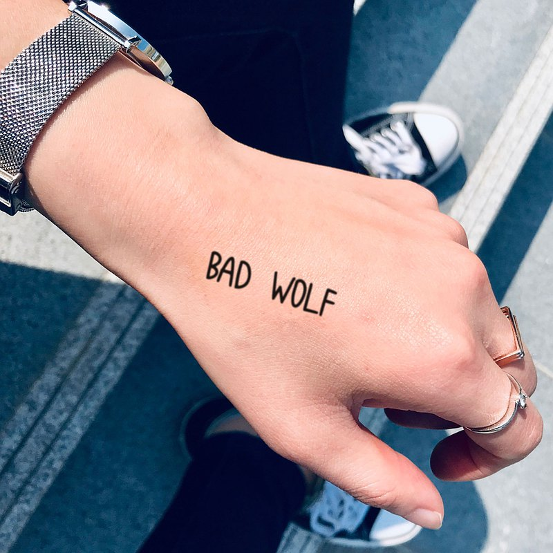 Bad Wolf Temporary Tattoo Sticker (Set of 2) - OhMyTat