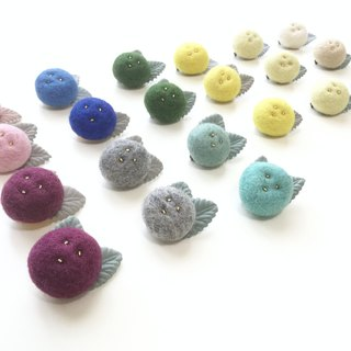 Fruit pin I Chick I Forest Department of small objects. Carefully selected wool. Safe non-toxic dye I exchange gifts