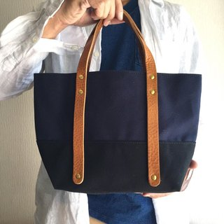 Size 6 canvas and extreme thick oil tote Bag S-size 【Navy × Black】