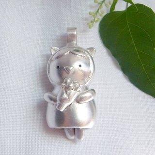 A Bouquet For You--Silver Cat--Cute Cat--Pendant Necklace with Wax Rope