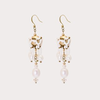Fountain Dew beaded pearl & brass earrings/clips