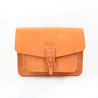 Small orange peel vegetable tanned leather pockets