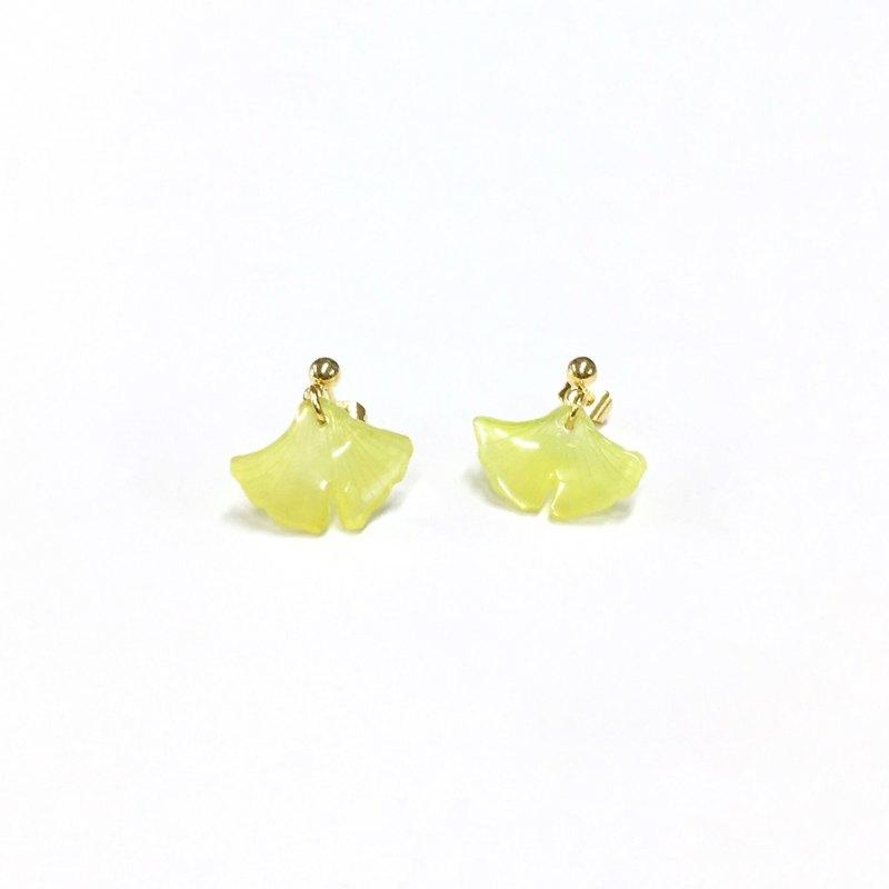 【若桑】杏黃。Ginko。日本樹脂。耳飾。銀杏葉。鍍18k金耳環
