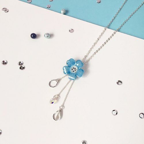 *Haku‧Neko*hand-painted powder blue butterfly flower crystal droplets meteor flashing items and chain necklace