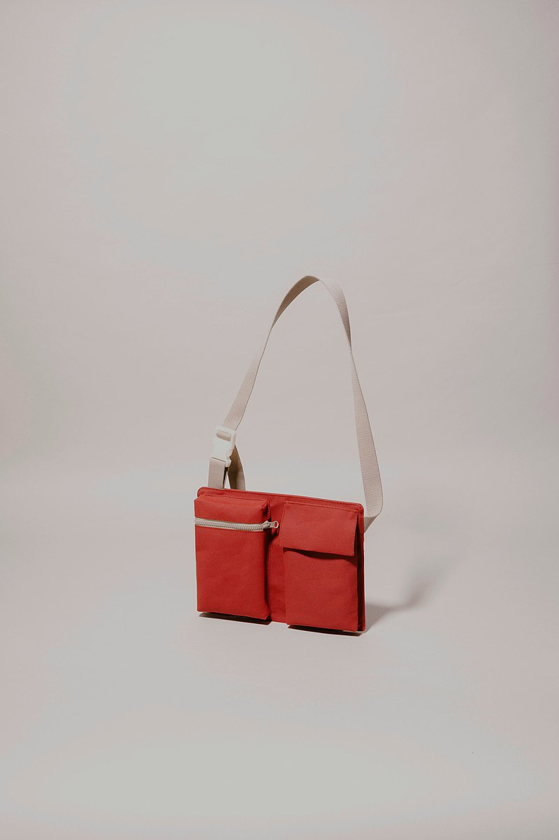 |Handmade in Spain | Ölend SPU 1431 Crossbody Bag (Red)