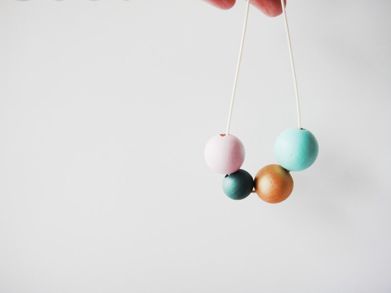 Wooden Mint & Pink Necklace-10