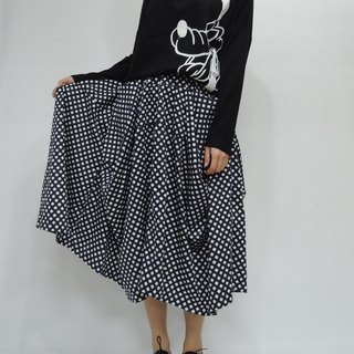- Chicken Mother Dock - Cotton Cropped Skirt