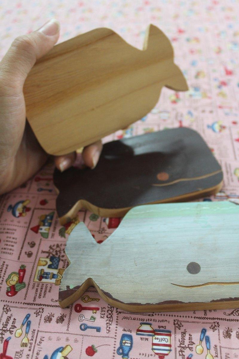 老檜木鯨魚杯墊