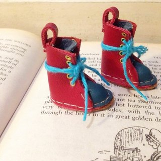 Handmade doll leather boots, small cloth Blythe, Lika can wear