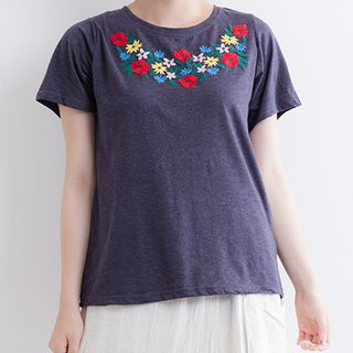 Colorful flower embroidered short sleeve cut