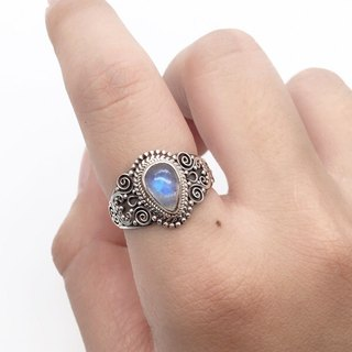 Moonstone sterling silver exotic silver carving ring Nepal handmade mosaic production (style 2)