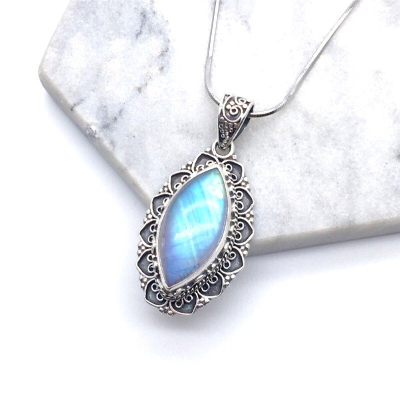 Moonlight stone 925 sterling silver horse eye heavy industry classical style necklace Nepal hand mosaic production (style 1)