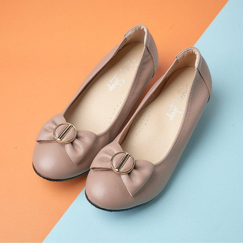 大尺碼女鞋37-44 台灣真皮手工宴會蝴蝶結金扣舒適低跟鞋4cm 芋牛