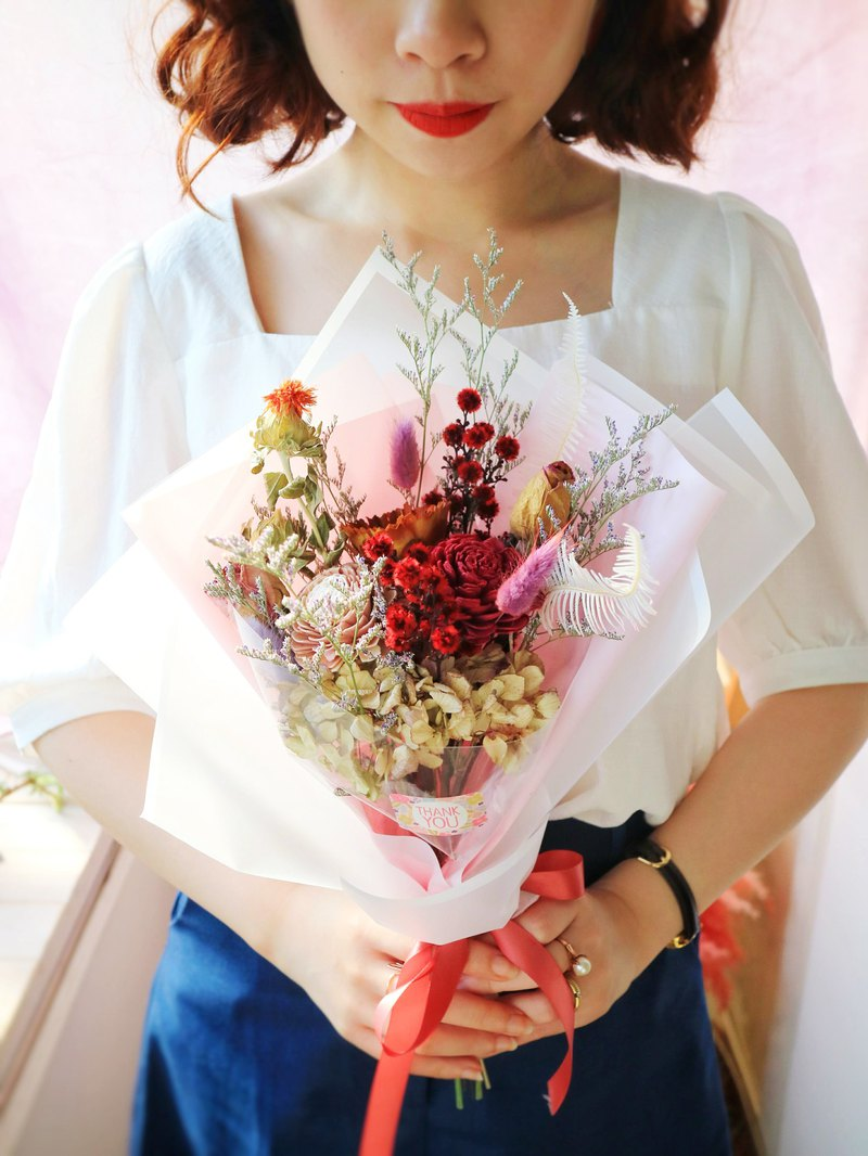 Pj Small Garden Graduated Small Bouquet Of Dried Flowers