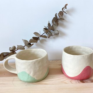 Hands Pinch Pottery - Small Cup Pink Green/Pink
