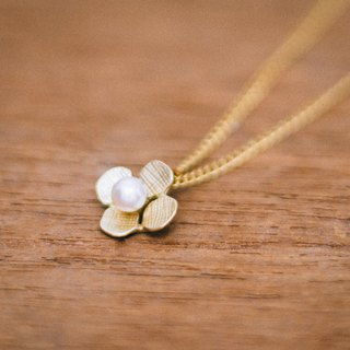 18K Hydrangea pendant - Japanese jewelry - pendant chain - gift for her