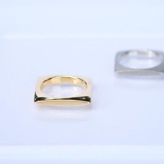 SQUARE Ring (GOLD)