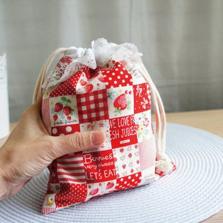 Lovely [Japanese cloth] strawberry plaid parquet lace bag, small bag, cosmetic bag, red and white