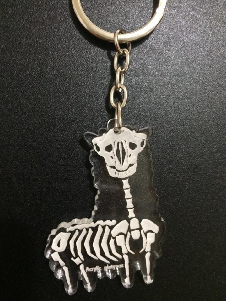 Lectra duck ⇝ mud horse (Bones) ⇜ necklace / keychain