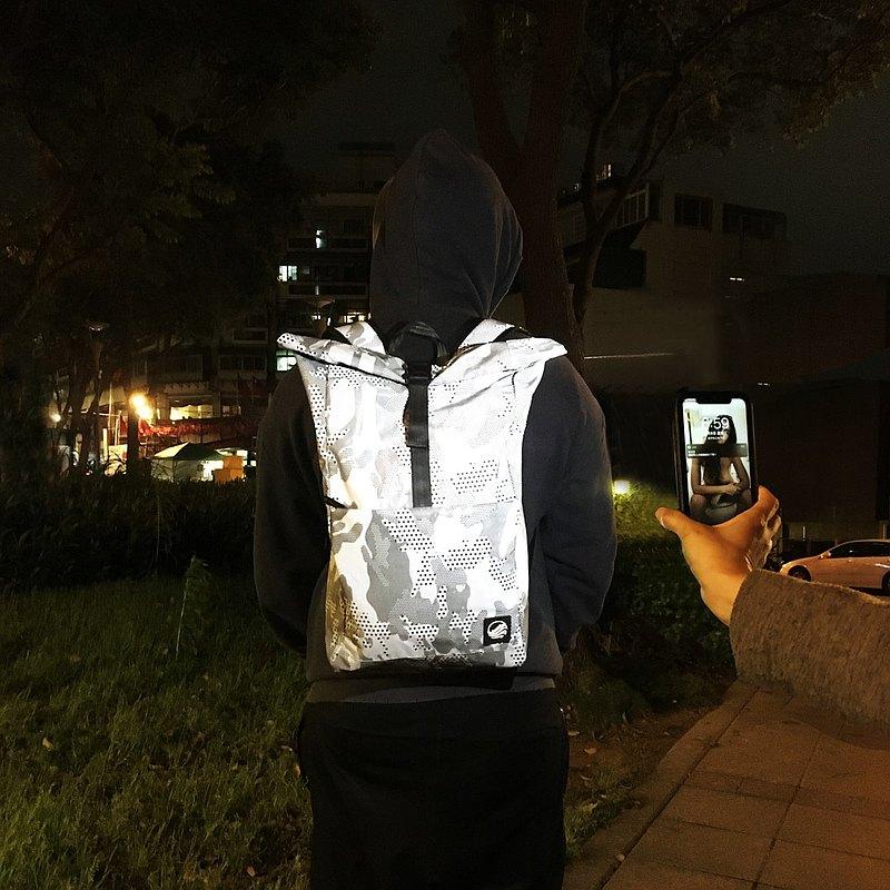 女友視角 我的夜間保鑣 超亮反光後背包