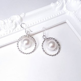 Dance // // Memories of Silver Twist Swarovski Crystal earrings pearl earrings