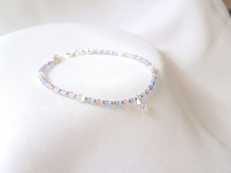 Shimmer ‧Silver bracelet with opal crystal and sterling silver