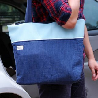 HARNS: hand-Tote tote bag (sky blue)