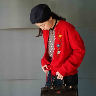 Treasure Hunting Vintage - Nordic handmade embroidery small flower red waist knit jacket