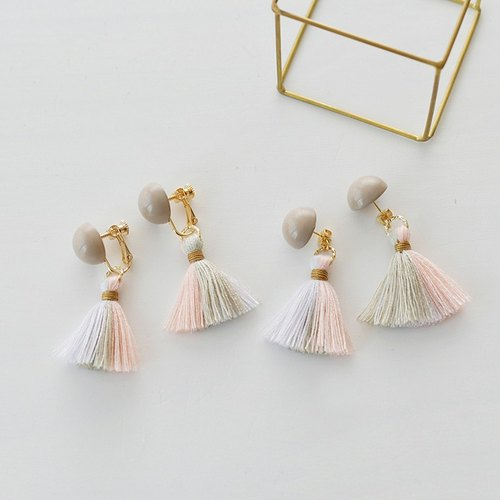 Dome tassel earrings / pink grege