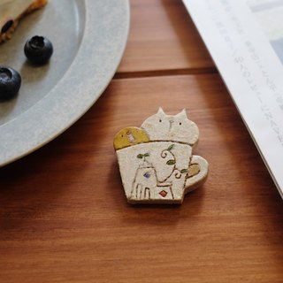 Crowded Mug Pin / Pure Japanese Glaze Clay - Brooch / Pin