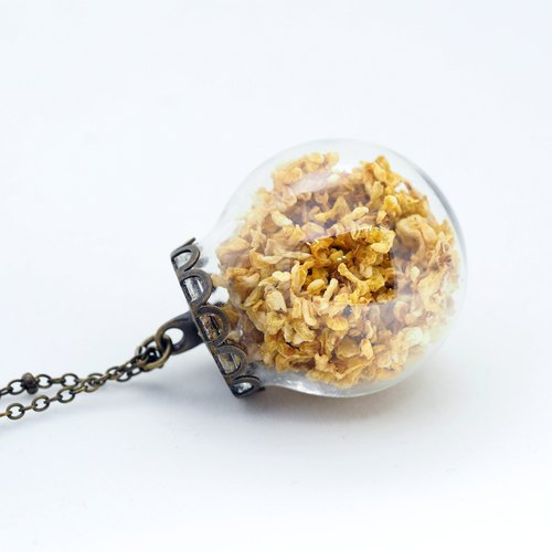「OMYWAY」Hand Made Glass Globe Necklace – Dried Flower Necklace
