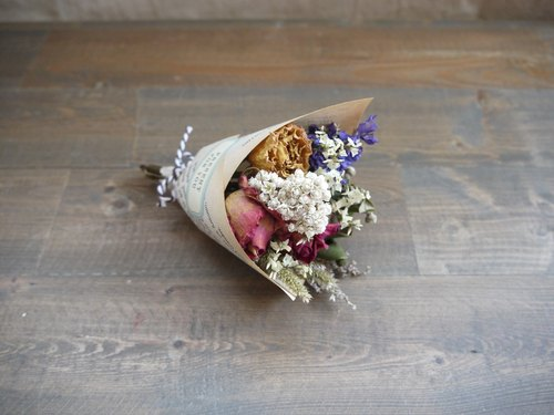 [Graduation] retro romantic bouquet / congratulations bouquet / Wedding Accessories / birthday bouquet / Valentine bouquet of dried flowers small bouquet No.4 │
